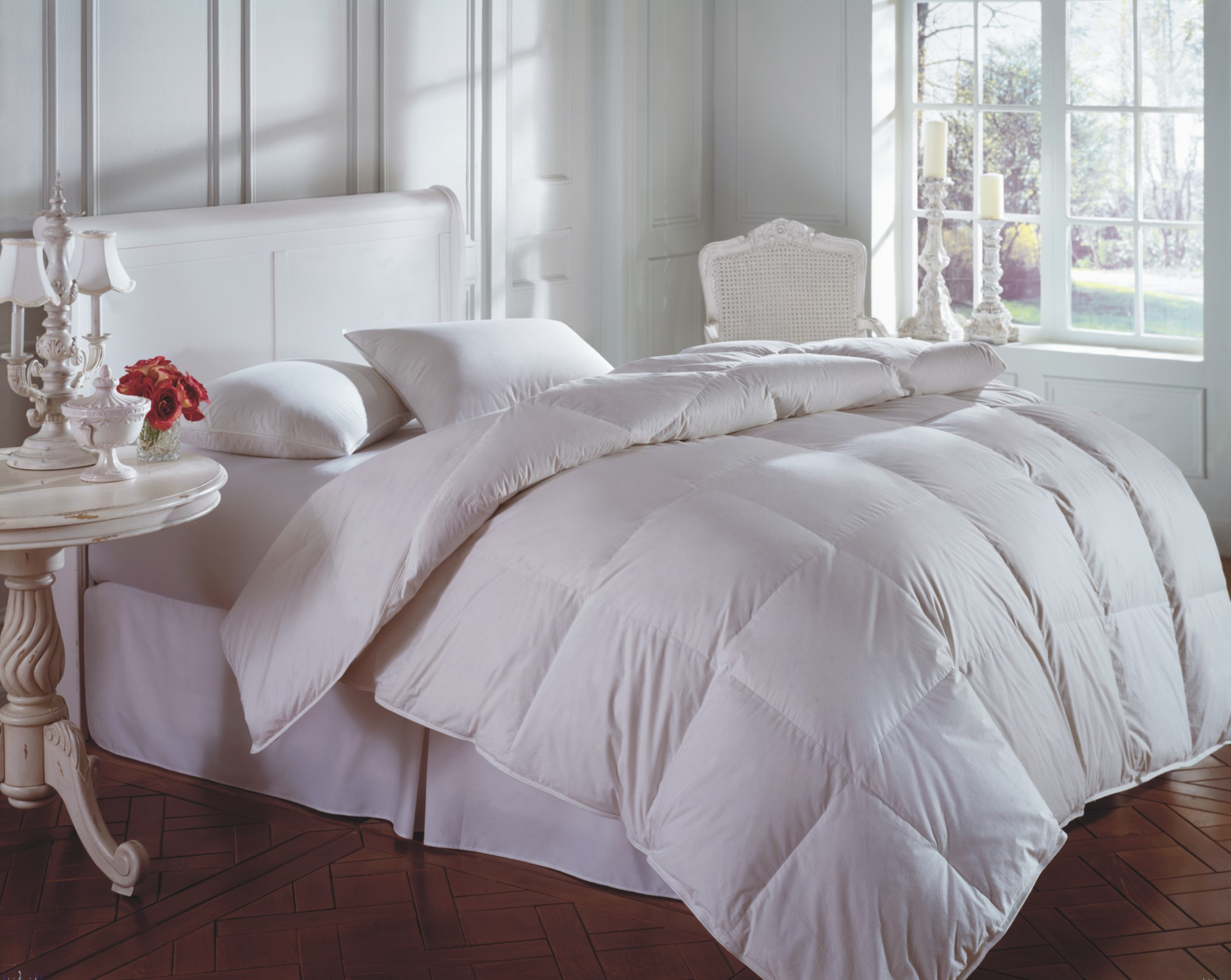 purchasing goose down comforters depends on down comforter fill power. Black Bedroom Furniture Sets. Home Design Ideas